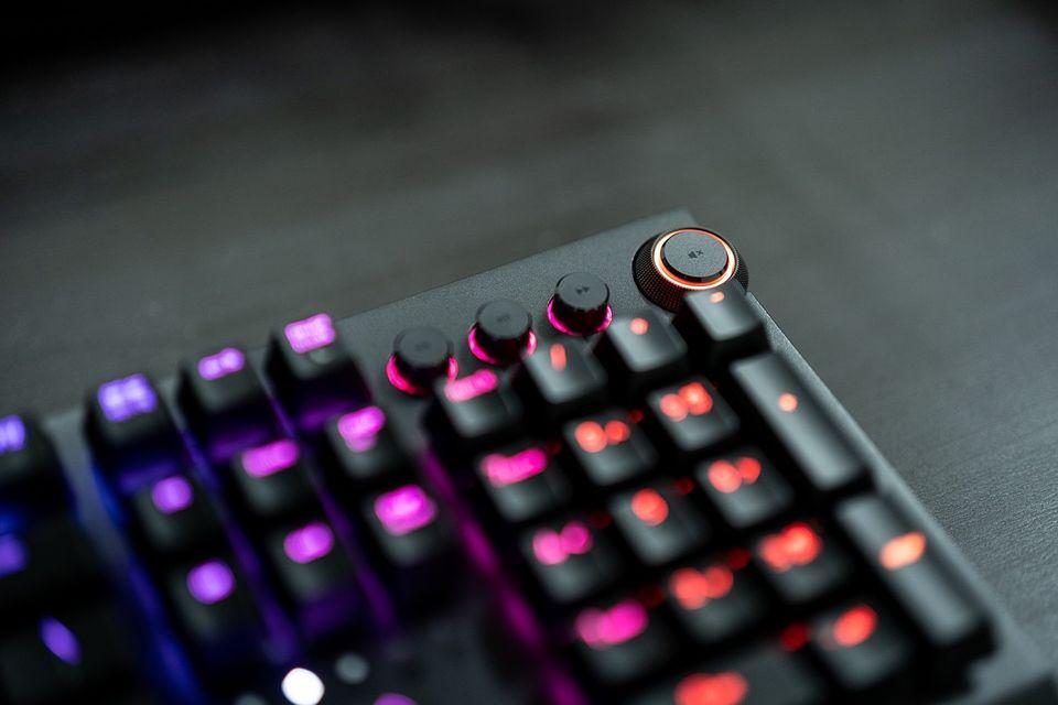 Keyboard razor