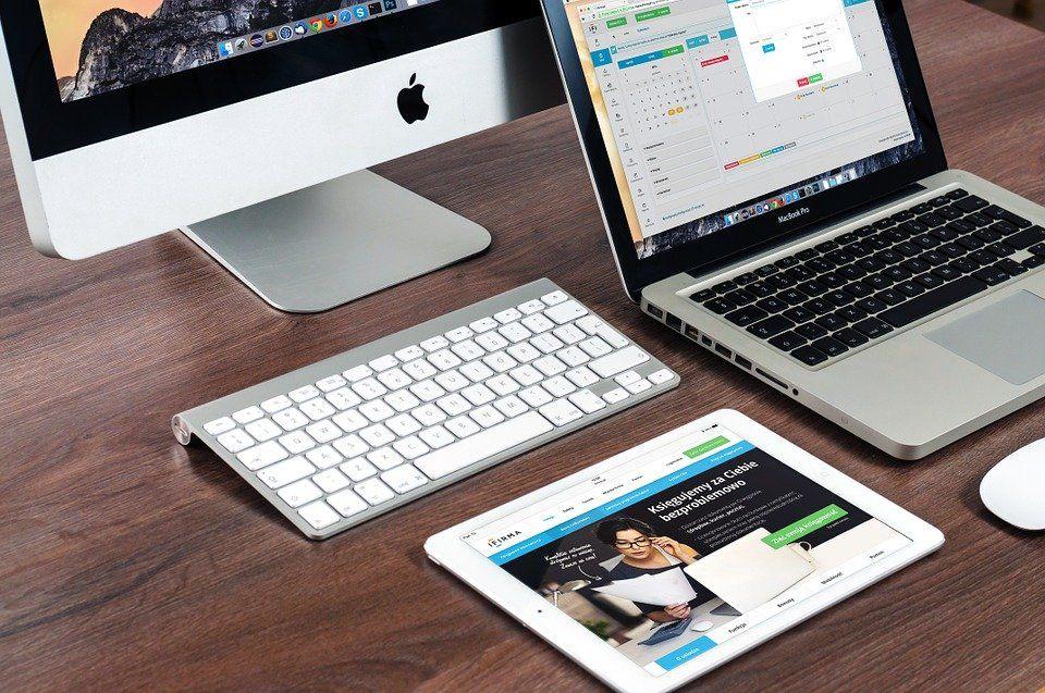 Macbook pc latptop