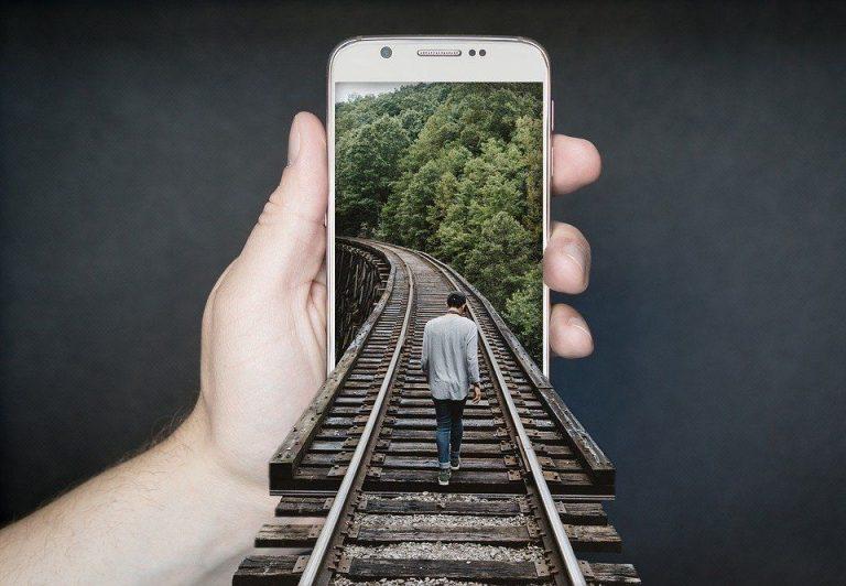 7 Best Smartphone Under $100
